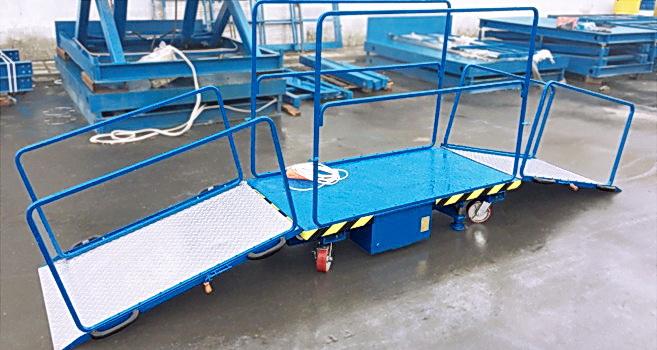 Фото мобильного подъемника для инвалидной коляски