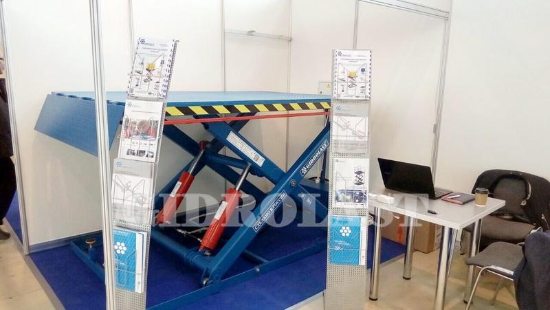На выставке КранЭкспо были представлены как серийные модели, так и перспективные разработки