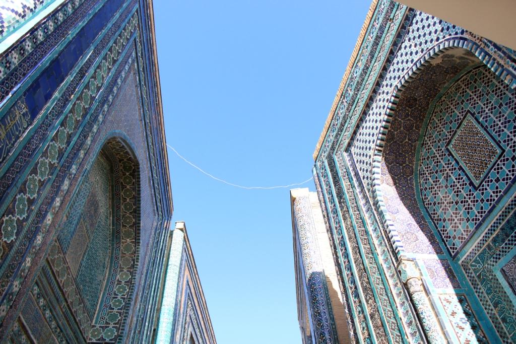 Голубой - основной цвет самаркандской мозаики